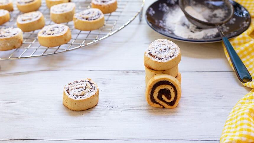 עוגיות תמרים פריכות