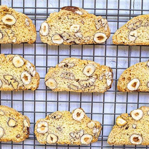 עוגיות ביסקוטי-מטבח לייט